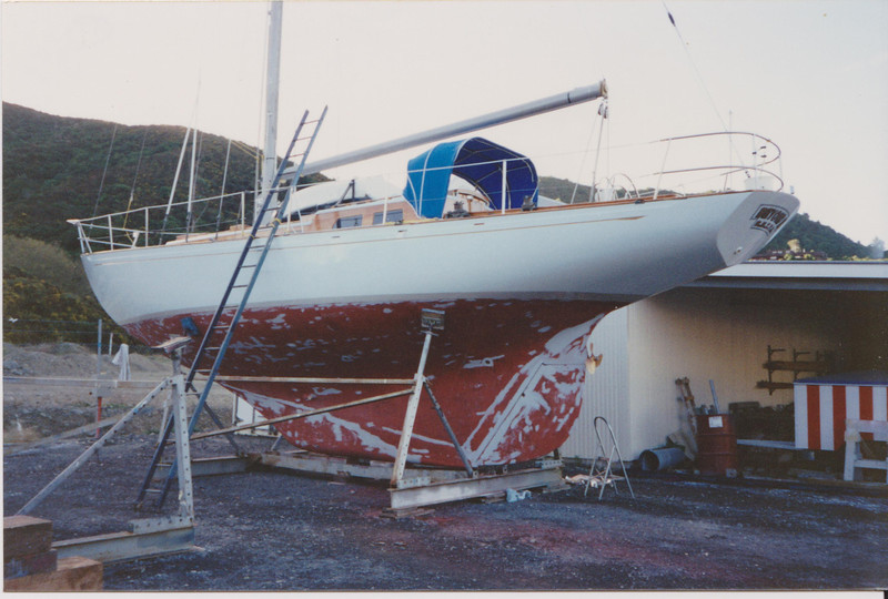 Ready for fresh coat of anti fouling. Note prop shaft to starboard side, and deep rudder well protected by full keel.